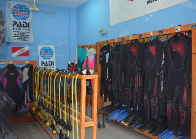 Our-Diving-Center-05